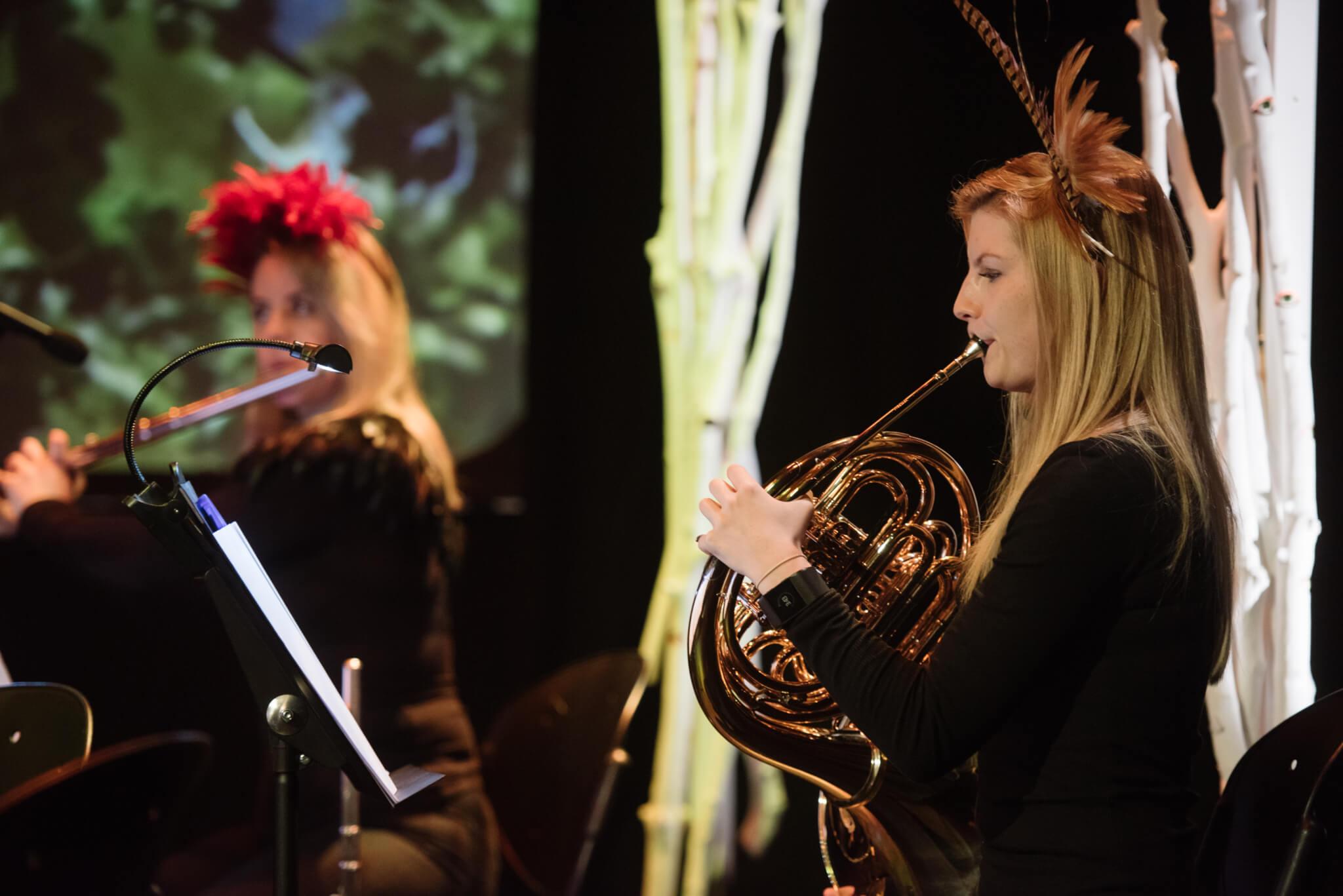Sarah Bennett – Flute Carys Evans – Horn Sinfonia Cymru
